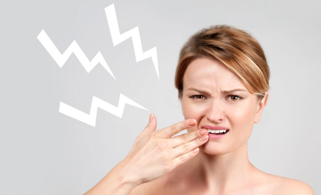 почему чувствительность зубов